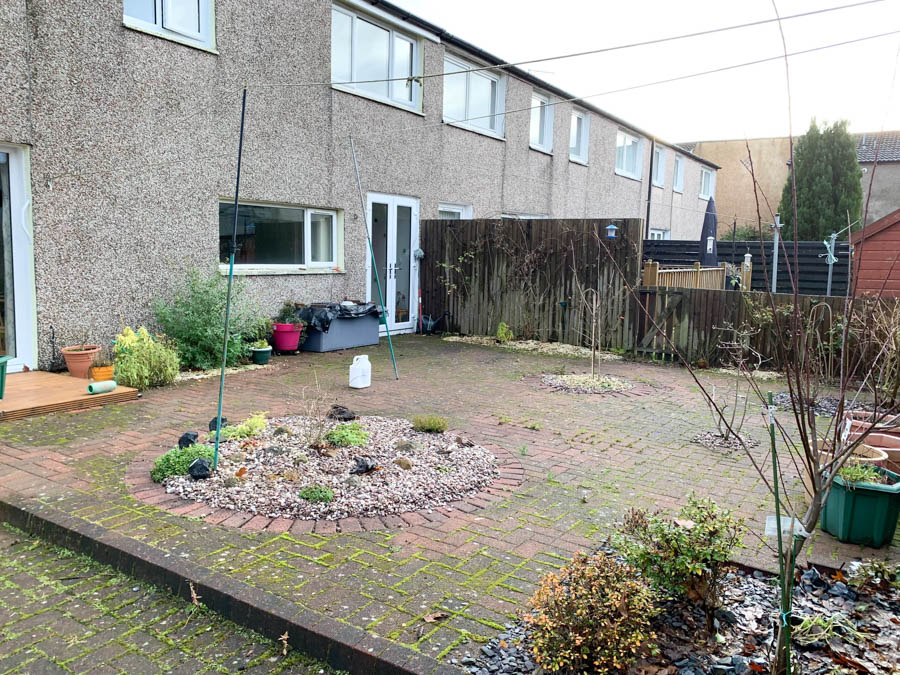 Artificial Grass installation Cumbernauld by The Artificial Lawn Company Livingston, West Lothian.